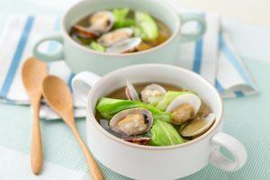 エゴマ醤油とアサリのスープ